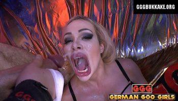 Chessie Kay Die Spermagottin - ggg john thompson video