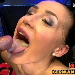 Nicole Love liebt Sperma - ggg john thompson video