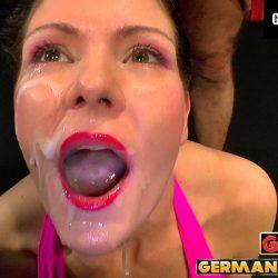 Charly´s Sperma Abenteuer - ggg john thompson video