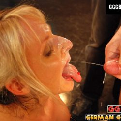 Gina im Sperma Gefecht - ggg john thompson video