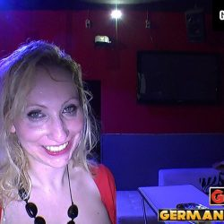 Slut Anna Megatitten und Sperma - ggg john thompson video