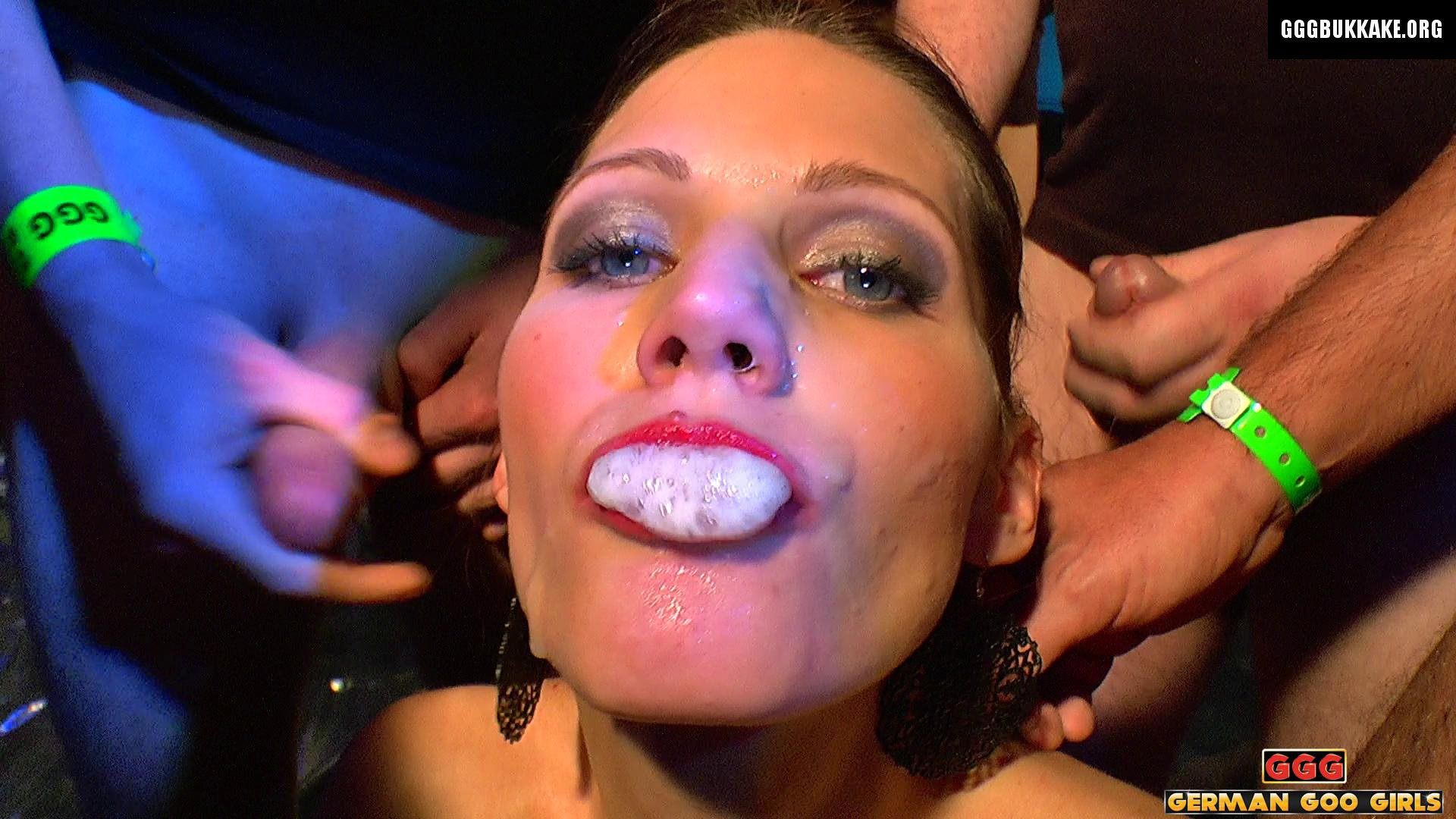 Amateur Cum Swallow Party